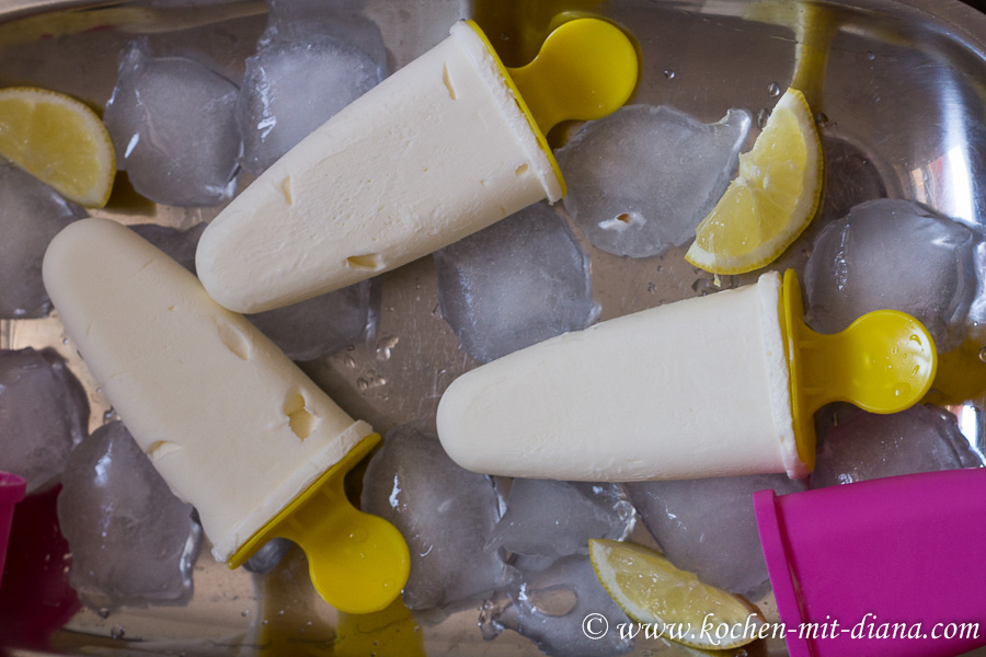 Holunder-Eiscreme