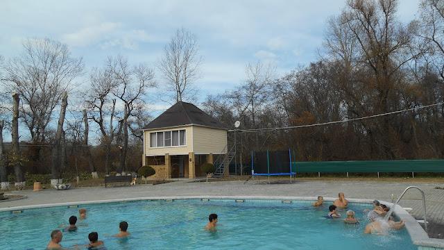 Бассейн с термальной водой 38 -40 градусов