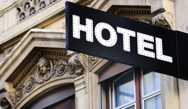 Dueño de Motel pasó 30 años espiando a sus clientes.