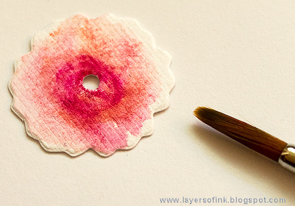 Layers of ink - Flowers and Birds Canvas Tutorial by Anna-Karin Evaldsson