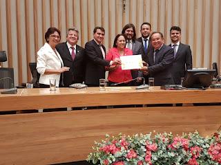 Prefeito de Picuí e vice-prefeito participam em Brasília de homenagem ao saudoso Felipe Tiago Gomes