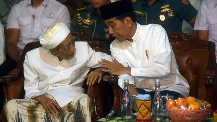 Mbah Moen Doakan Prabowo di Samping Jokowi, TKN: Itu untuk Anak Nakal agar Baik