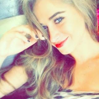 Maria Photo