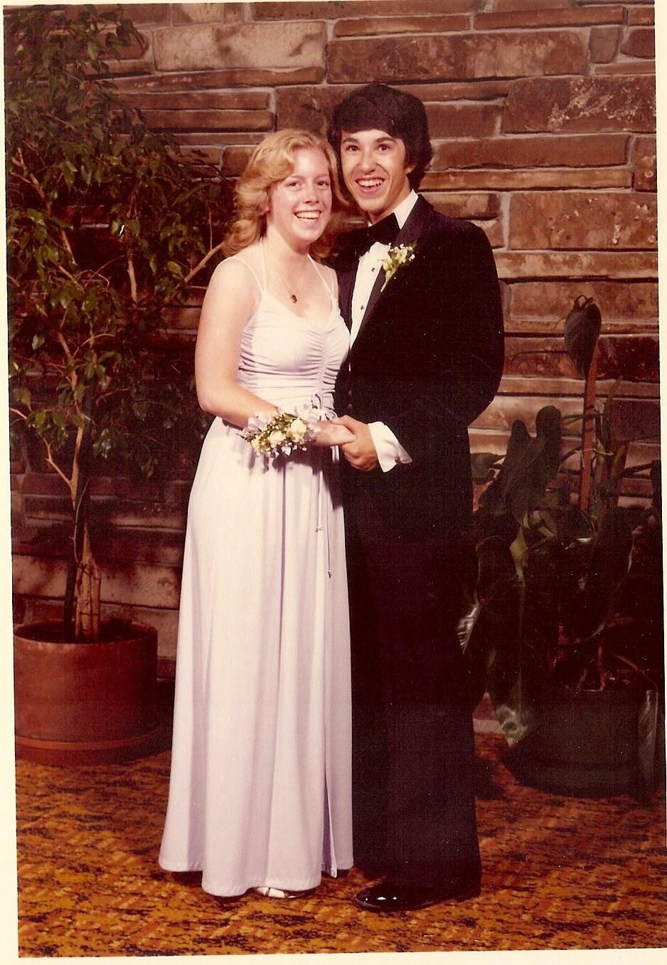 Attractive 1970 Prom Dresses Frieze - Colorful Wedding Dress Ideas ...
