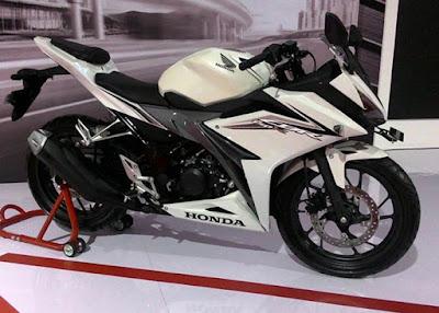 Honda CBR150R 2016 Putih