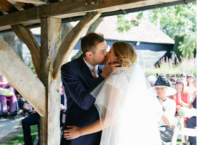How These 7 Real Brides And Grooms Chose Their First Dance Song