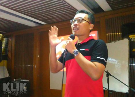 Kang Akhyar dari Community  Develpoment Smartfren