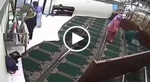 Astaqfirullah, IBLIS Mem perlihatkan 'WUJUD ASLINYA' Didalam Masjid