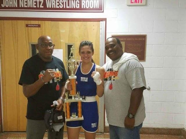 Makedonierin gewinnt Box Turnier in New Jersey