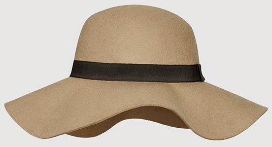 Sombrero en beige floppy de Primark
