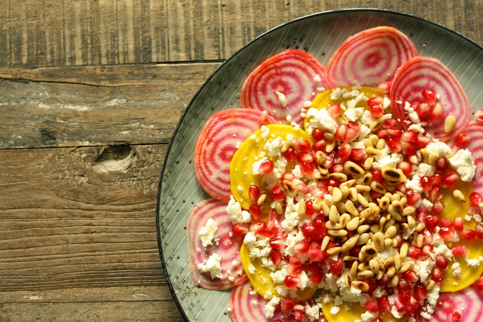 MissMuffin: Rødbedesalat med feta, pinjekerner og granatæble