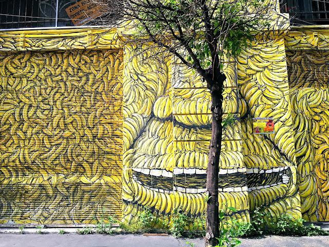 banana-ma-fronte-del-porto