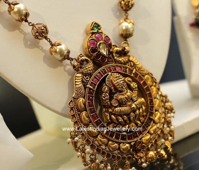 lakshmi pendant pearls haram