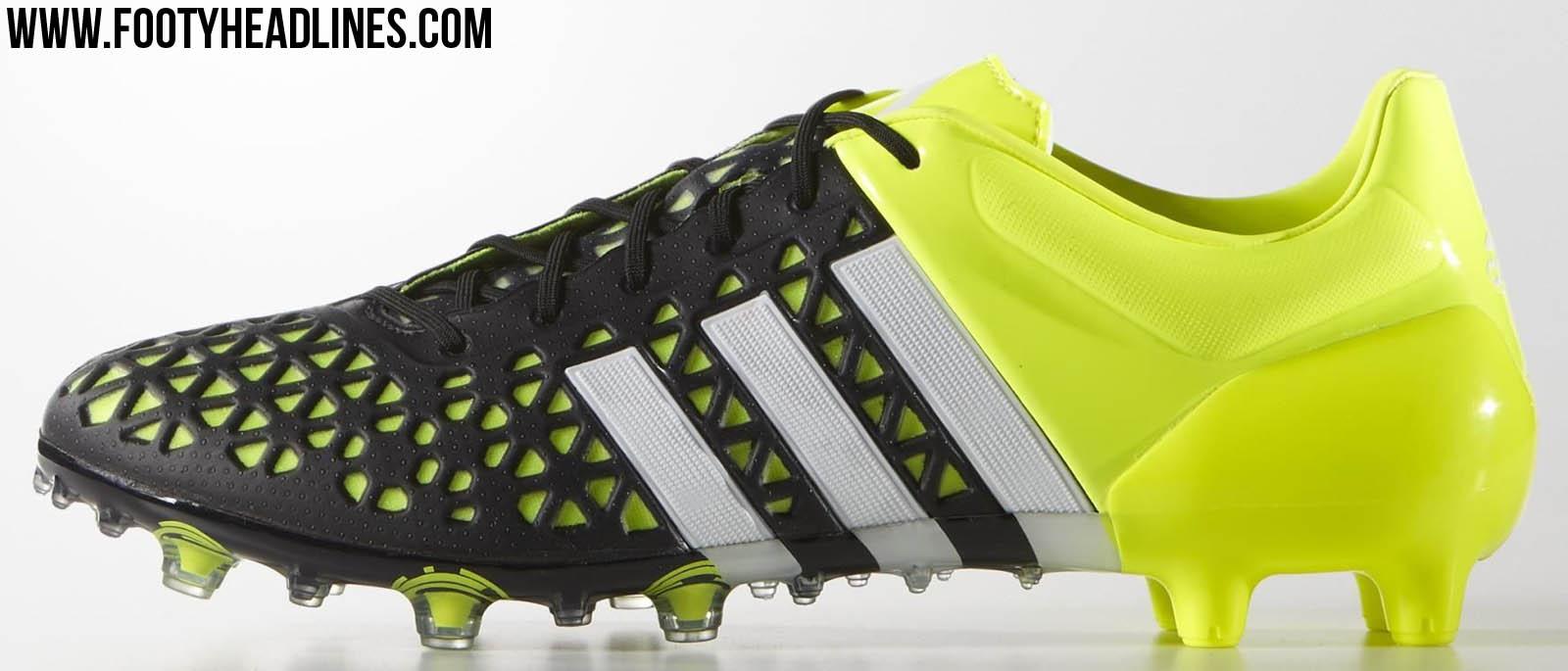 Adida Turf Shoes