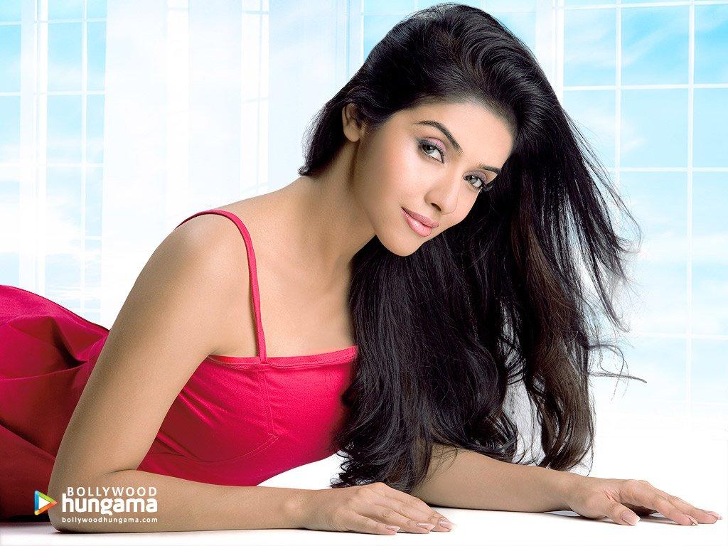 Posted In Asin , Bollywood Hot Actress Photos , Tamil -5153