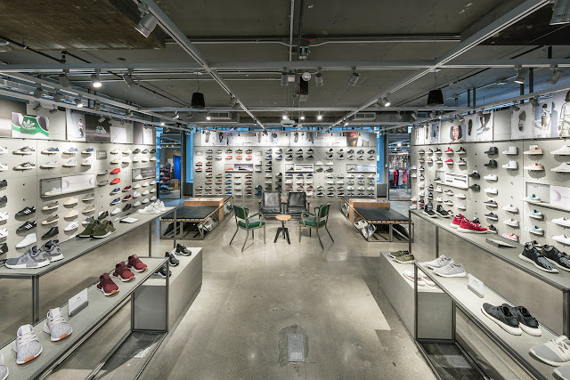 Green Pear Diaries, interiorismo, retail, flagship store, Adidas, Nueva York, stadium retail concept