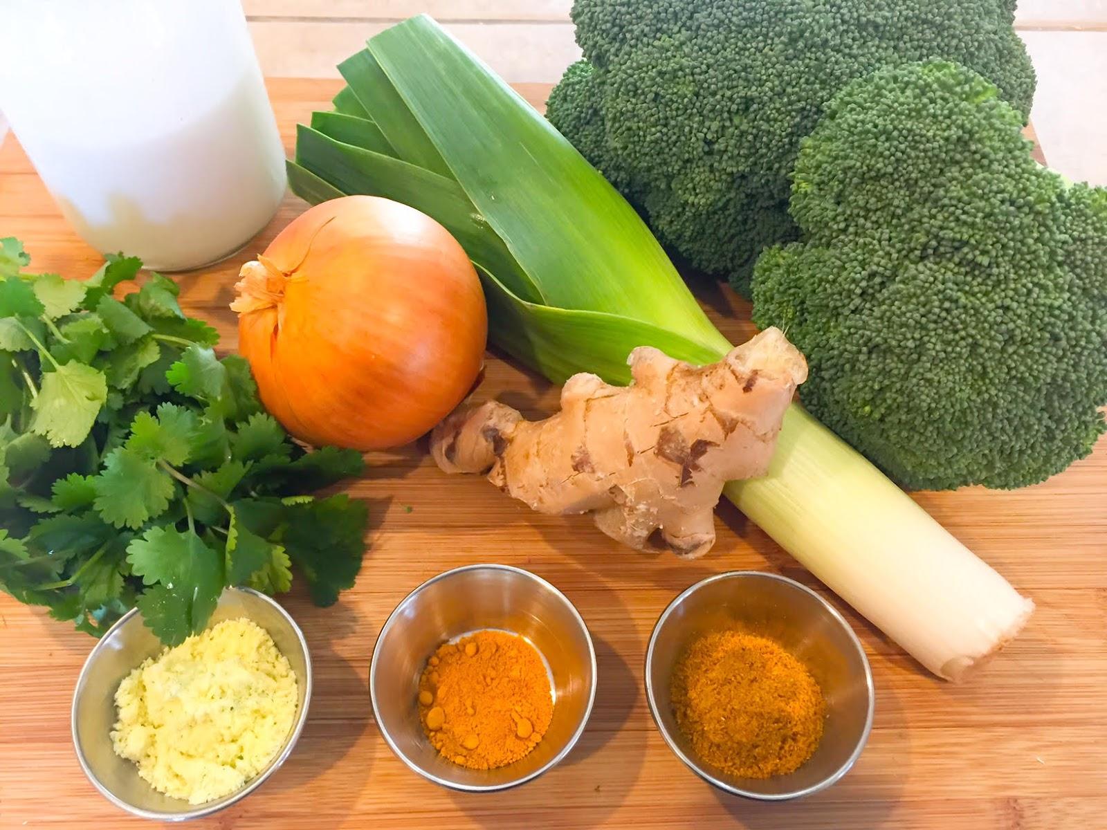 La fabrique gourmande soupe de brocoli au lait de coco et - Robot pour faire la soupe ...
