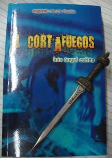 Portada del libro El cortafuegos, de Luis Ángel Cofiño