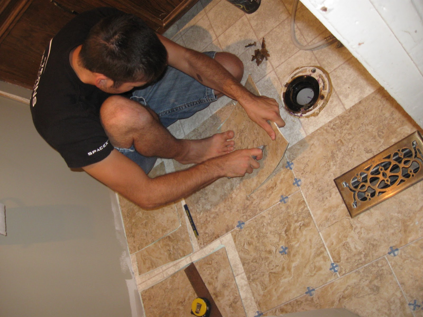 The Rehomesteaders Diy Grouted Vinyl Tiling