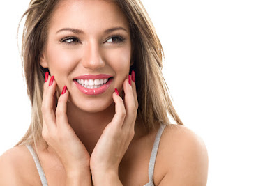 Show off your white teeth with these simple tips