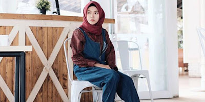 Hijab Acara Kantor