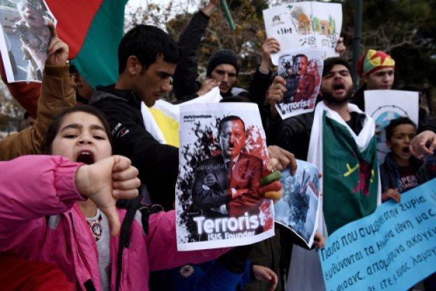 Handelsblatt: Επικριτές του Ερντογάν ψάχνουν καταφύγιο στην Ελλάδα