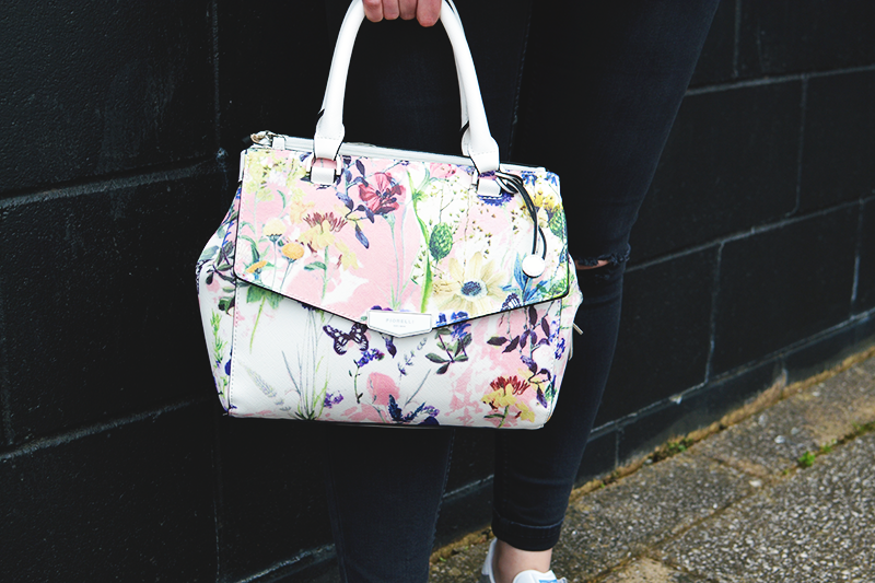 Fiorelli Bags | Colours and Carousels - Scottish Lifestyle, Beauty and Fashion blog