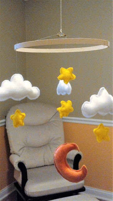 DIY Cloud and Moon Mobile - baby nursery - linaandvi.com