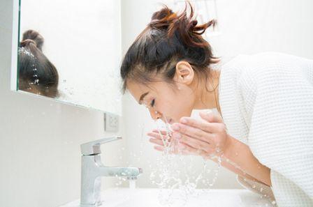 Cara Mencuci Muka Yang Benar Agar Wajah Tidak Rusak