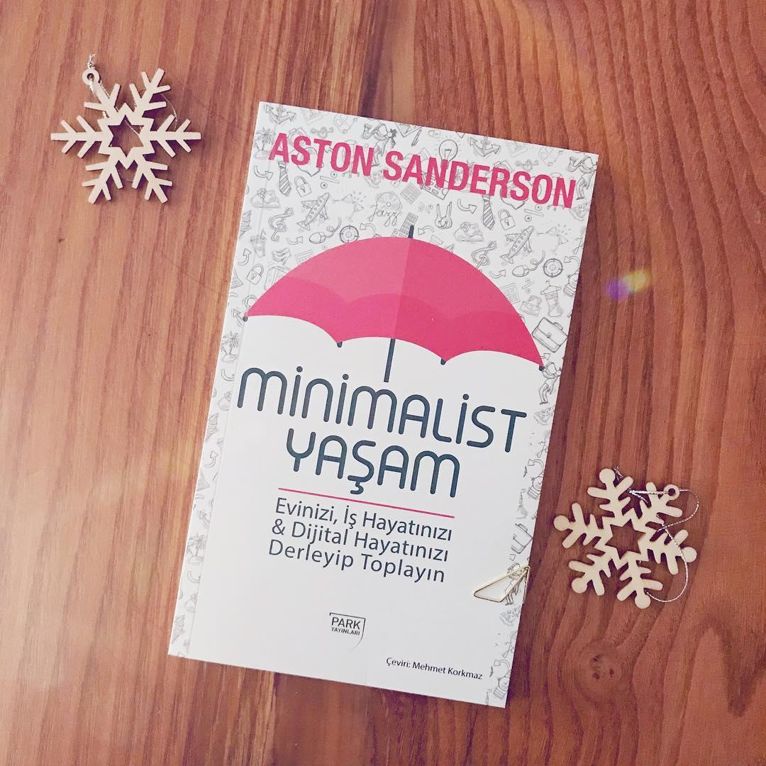 Minimalist Yaşam - Evinizi, İş Hayatınızı & Dijital Hayatınızı Derleyip Toparlayın (Kitap)