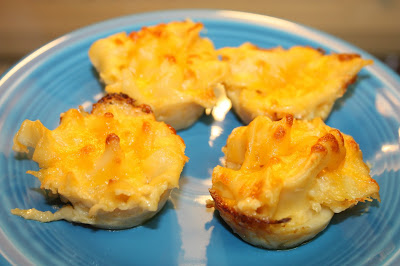 Featured Recipe | Mac & Cheese Bites from Cheese With Noodles #SecretRecipeClub #recipe #appetizer #sidedish