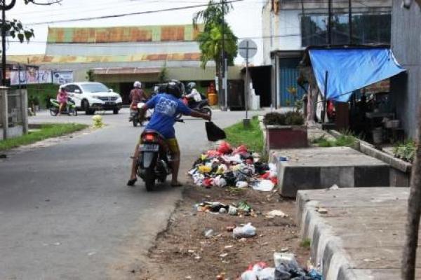 DCID 9 Kebiasaan Orang Jakarta
