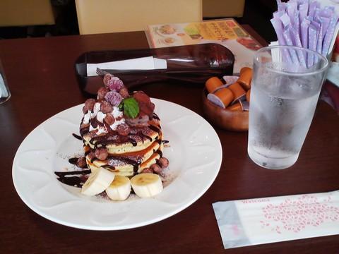 バースデーパンケーキ¥0-2 デニーズ小牧店