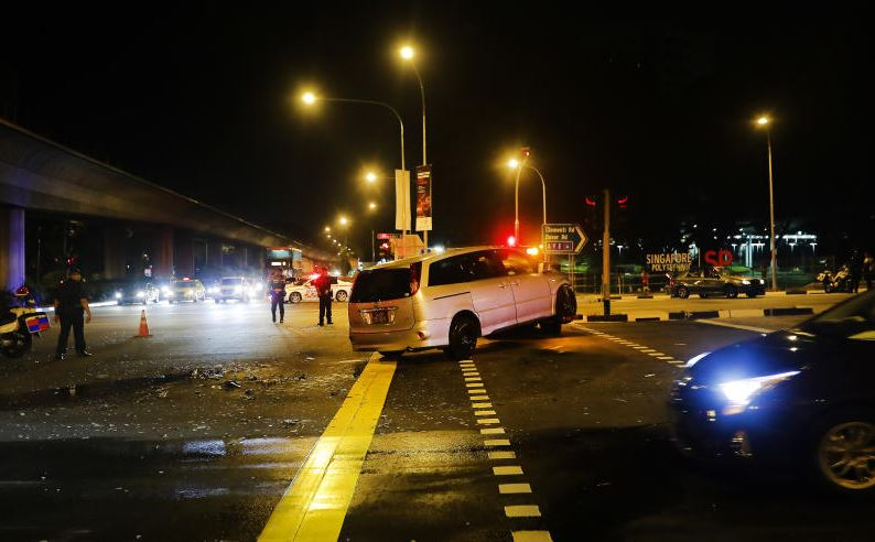 Both drivers and the four students were taken to the National University Hospital, where Miss Ong succumbed to her injuries.