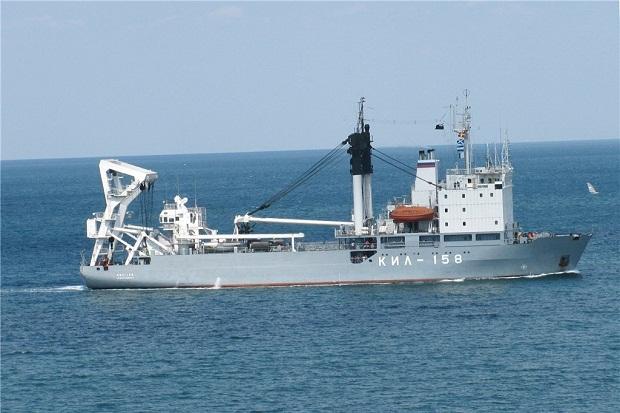 Angkut Tank, Kapal Militer Rusia Lintasi Istanbul Turki