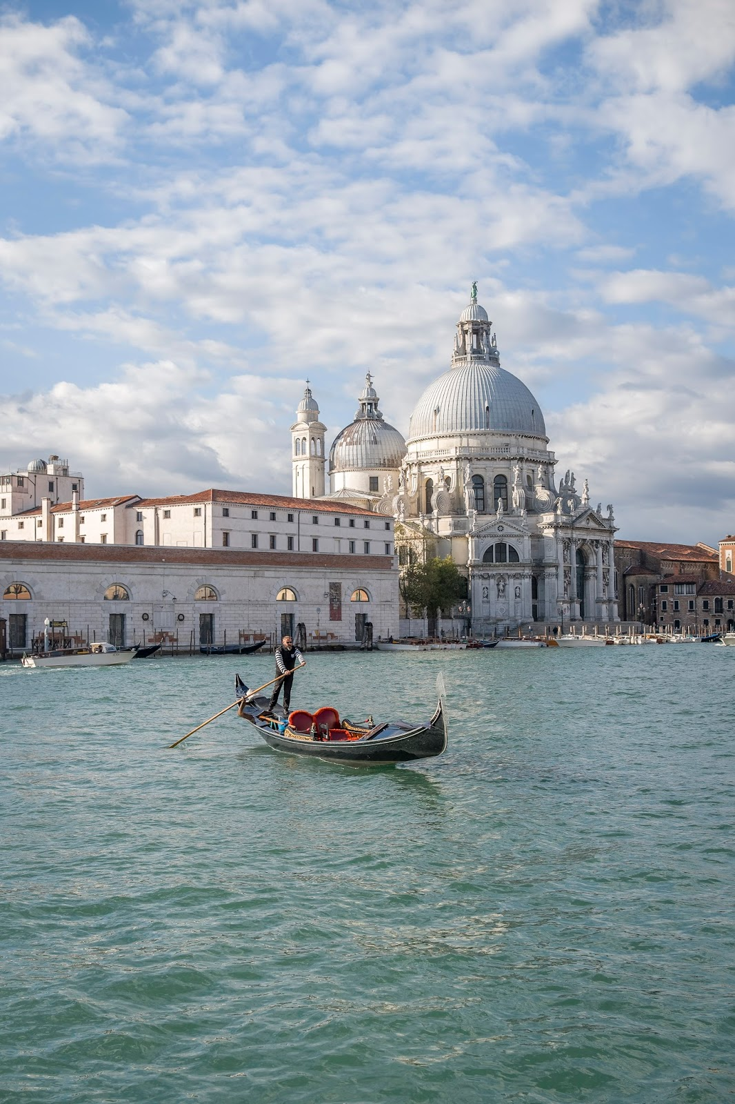 Gondole Coupole Venise