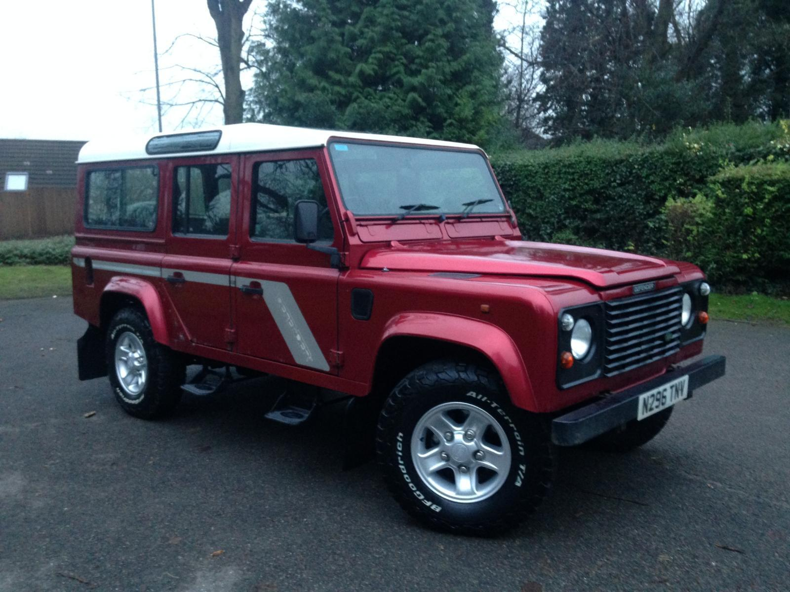 landrover defender 1995 land rover defender 110 county station wagon 12 seater 300 tdi good. Black Bedroom Furniture Sets. Home Design Ideas