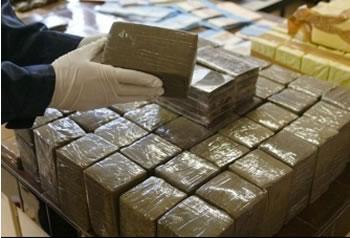 Saisie de 3 tonnes de résine de cannabis à Casablanca.