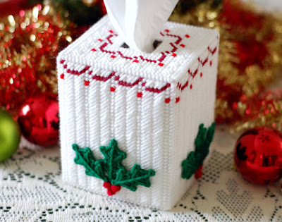 https://www.etsy.com/littlesapphire/listing/664197371/pattern-holly-leaf-tissue-box-cover-in?utm_source=Copy&utm_medium=ListingManager&utm_campaign=Share&utm_term=so.lmsm&share_time=1543864937784