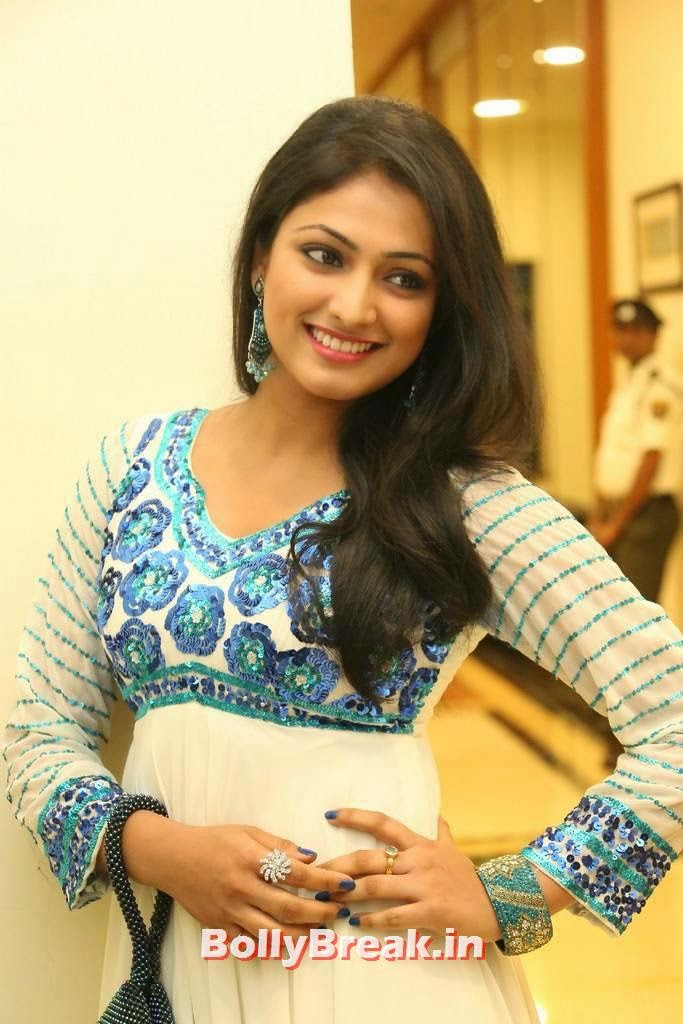 , Actress Haripriya Latest hot Hd images in churidaar from movie  Ee Varsham Sakshiga