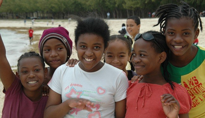 Negara Miskin Di Afrika Paling Bahagia di Dunia