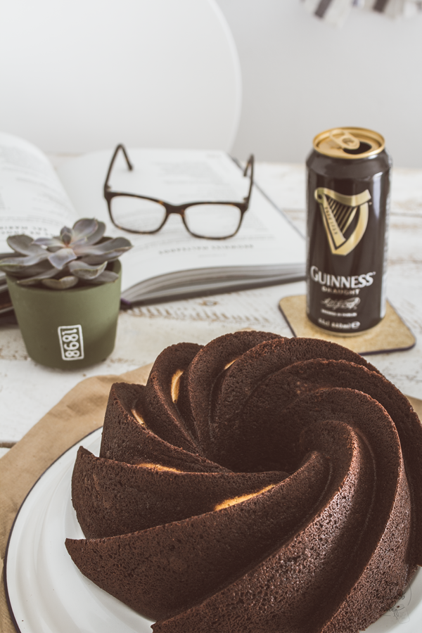 guinness-chocolate-bundt-cake-bizcocho-bundtbakers