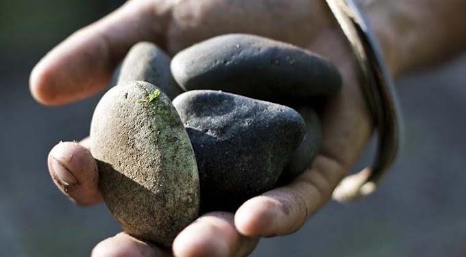 Quem pode atirar as pedras?
