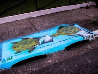 Resultado de imagem para Concurso da Abes-DF vai premiar grafiteiros que fizerem pinturas em bocas de lobo