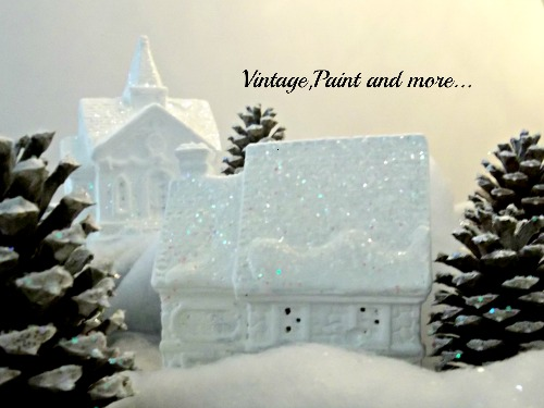Vintage, Paint and more... white glitter house and pine cones