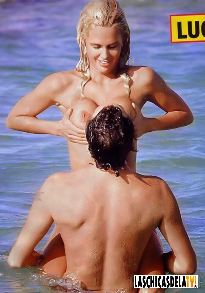 Miriam Sánchez En Topless Disfrutando Del Verano Laschicasdelatv