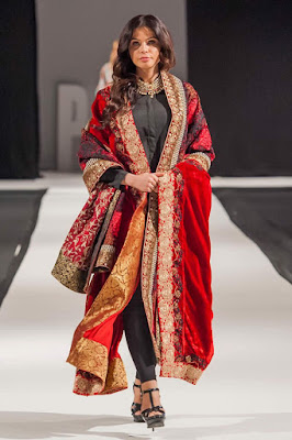 Komal-Nasir-Embroidered-Shawls-Collection