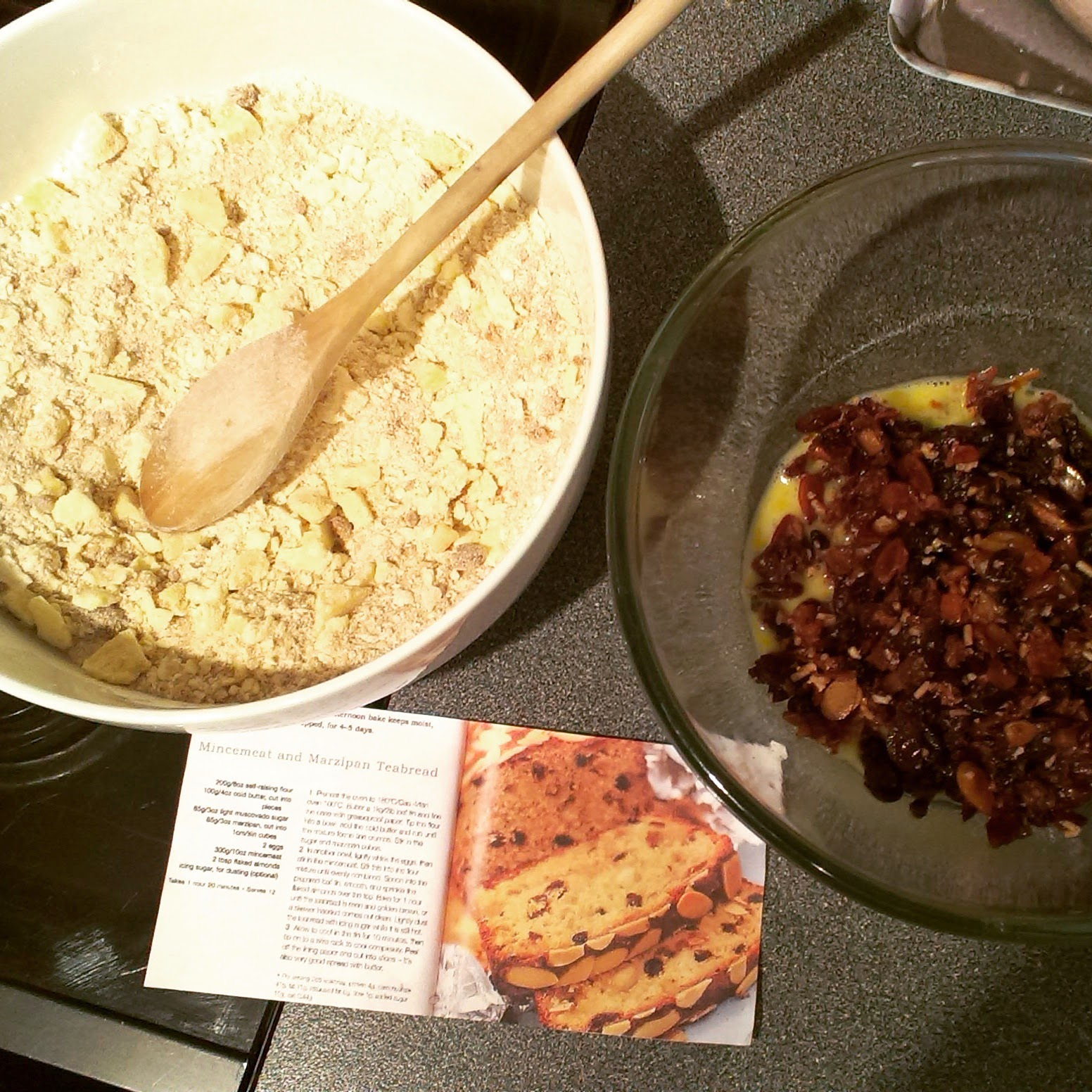 5pm - making Mincemeat and Marzipan Teabread