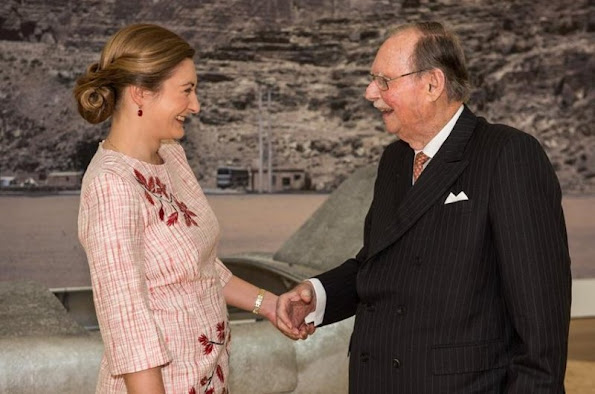 Hereditary Grand Duchess Stéphanie of Luxembourg, Grand Duke Jean of Luxembourg. MUDAM president. Princess Stéphanie wore floral print dress, Prince Guillaume