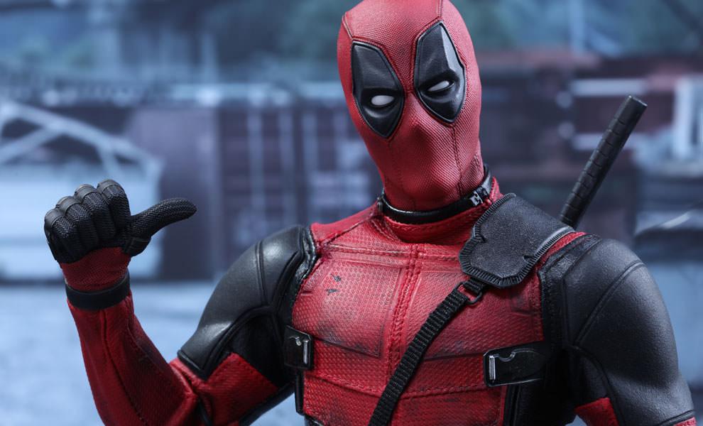 Deadpool : Ryan Reynolds Shares Holidays Theme Visual.